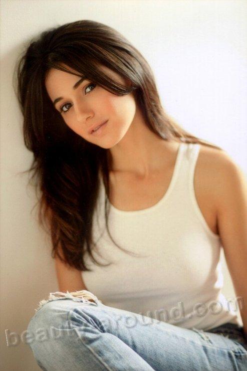 Красивые девушки евреечки фото, порно кончают в рот гн вынимая члена