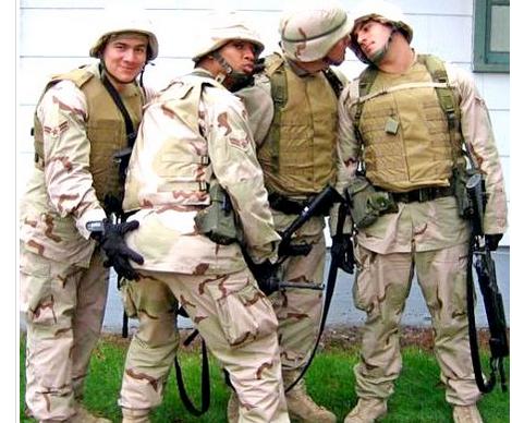 Американские солдаты все педики
