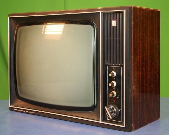 Картинки по запросу ламповый телевизор