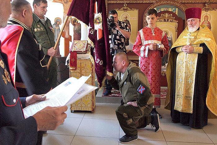 Картинки по запросу благословение казаков на донбассе