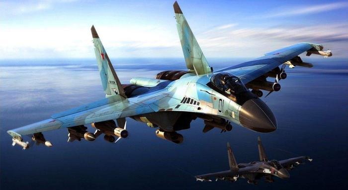 Индонезия стремится заполучить 11 истребителей Су-35