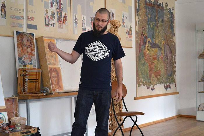 Русский художник против украиньского говна.
