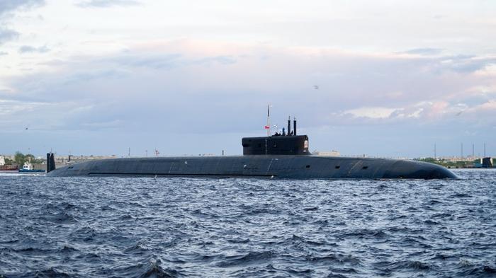 Северный ветер: какими преимуществами обладает новый ракетный подводный крейсер «Князь Владимир»