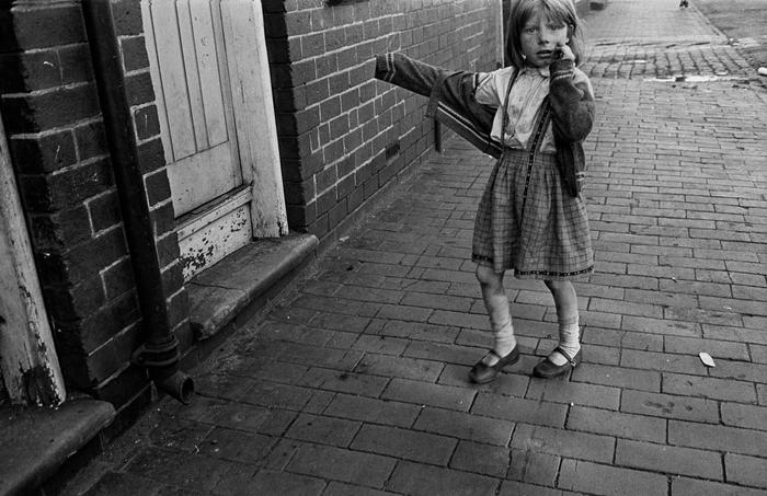 Street encounter, Balsall Heath Birmingham 1970