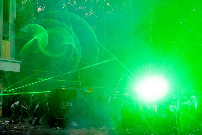 Лазеры против власти