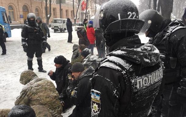 Полиция задержала почти 40 человек под Радой