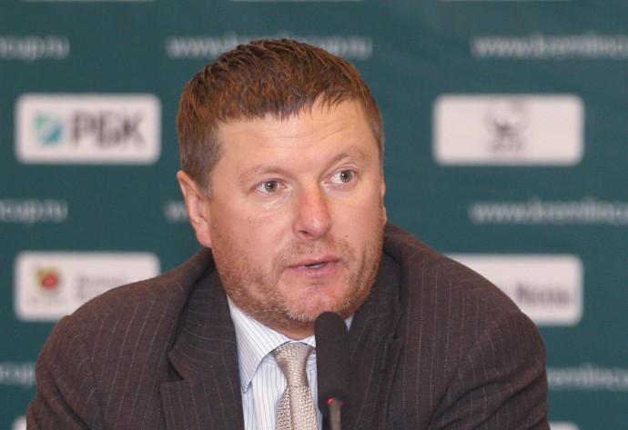 Налоговая закрыла Школу тенниса Евгения Кафельникова и заблокировала счета его дочери