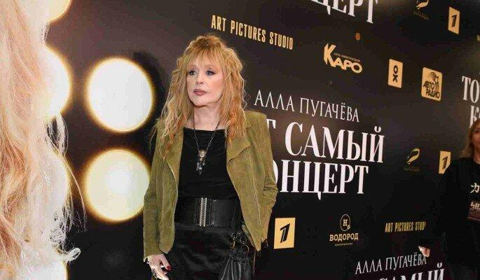 """Алла Борисовна будет на нашей эстраде вечно. Ей еще осталось всего-то с десяток """"последних"""" концертов дать. Фото Яндекс.Картинки."""