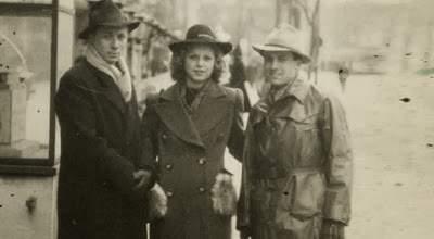 Стелла с мужем (слева) во время работы на гестапо