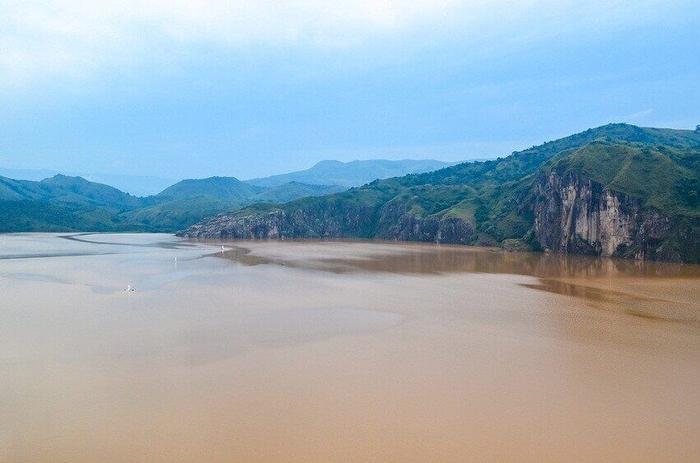 Смертоносное озеро в Камеруне