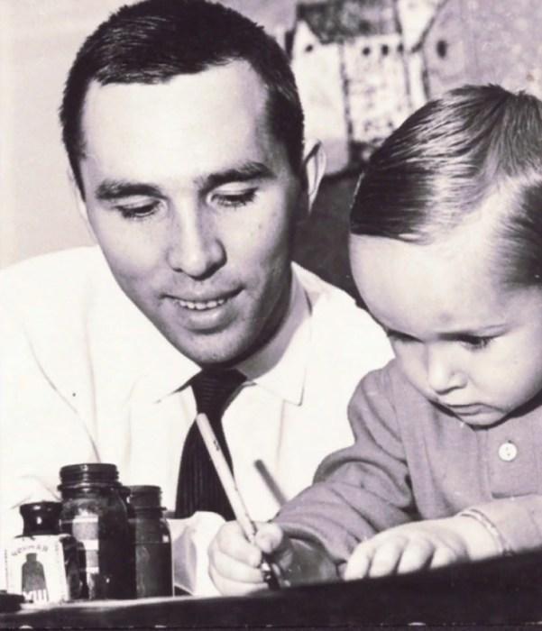 Вячеслав Зайцев с сыном Егором. / Фото: www.woman.ru
