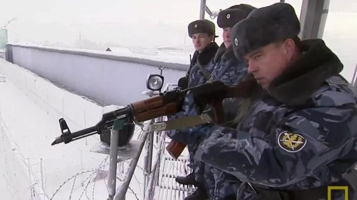 Как устроена самая суровая тюрьма России «Черный дельфин»