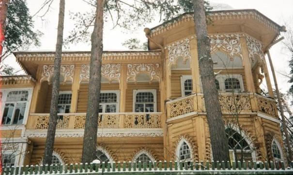 Площадь дома составляет 218 кв. м