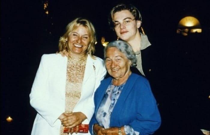 Леонардо ди Каприо с мамой и бабушкой   Фото: videoboom.cc