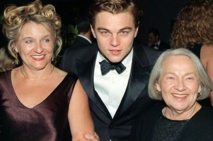 Актер со своей одесской бабушкой   Фото: videoboom.cc