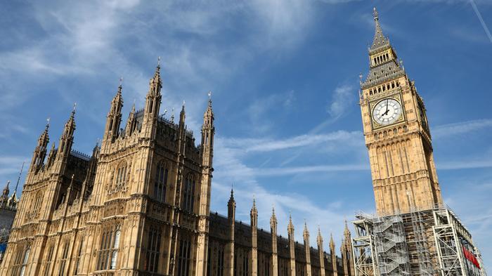 Times: британский бизнес вынужден откупаться от российских хакеров