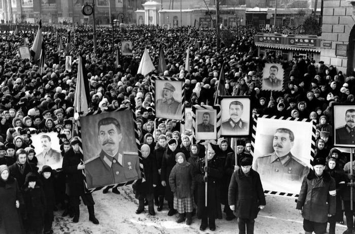 Фото из Интернета. Похороны Сталина.