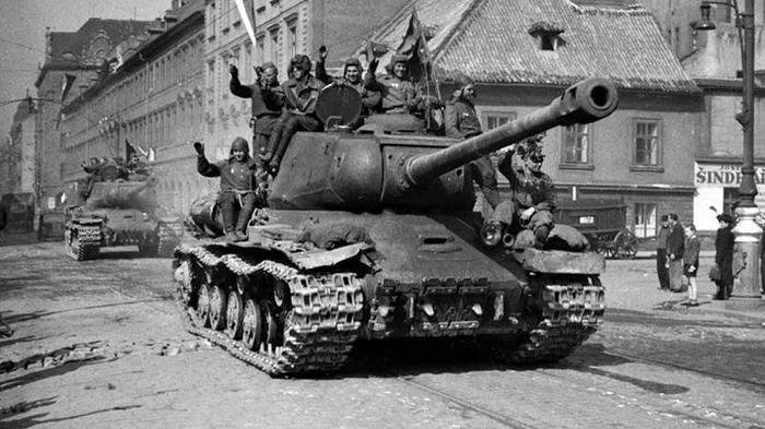Пражское восстание 1945 года – кровавая провокация пособников фашизма