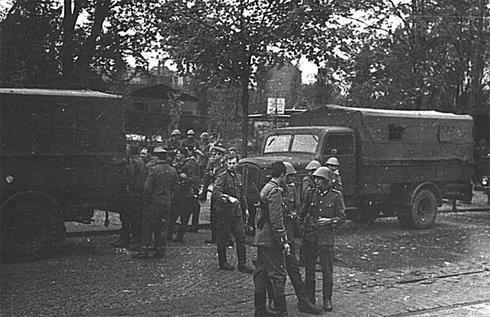 Прага-6 ГДР.jpg