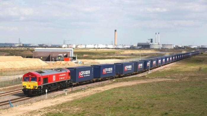 Минуя порты Прибалтики, Беларусь наладила отправку грузов через Россию в Китай