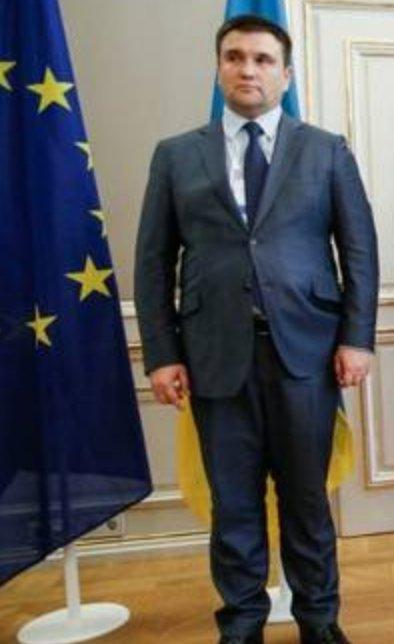 Порно зрелых премьер министр великобритании трахает секретаршу телками накаченными