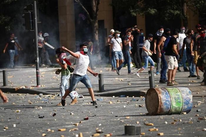 Более 100 военных Ливана ранены во время стычек в Бейруте