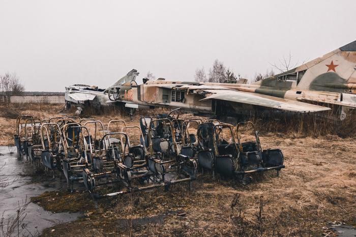 Картинки по запросу музей в монино разрушающиеся самолеты фото