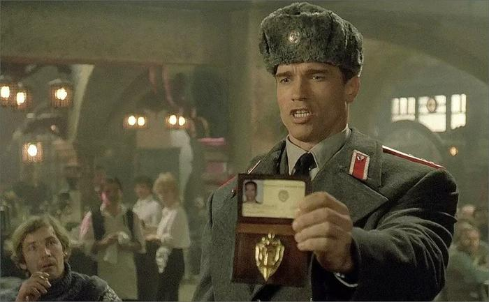 ГНУСАВЫЙ ПЕРЕВОДЧИК ФИЛЬМОВ НА VHS