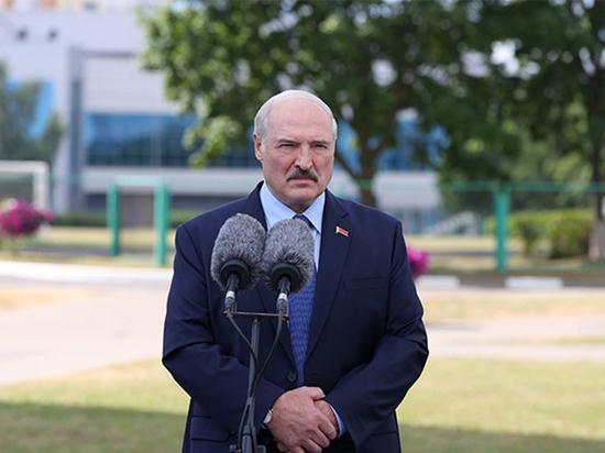 Лукашенко превратился в презираемого диктатора: белорусский протест уже не остановить