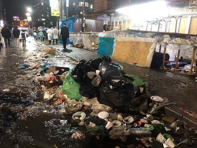 Город тонет в мусоре: наплыв хасидов в Умани спровоцировал экокатастрофу