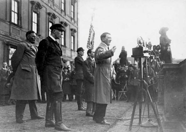 Тов. Сталину всегда больше нравился к фашистский режим, чем западные демократы. (фото из открытых источников)