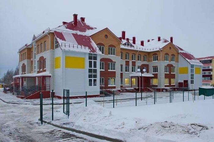 В Сарапуле состоялось открытие самого большого в городе детского сада на 220 мест