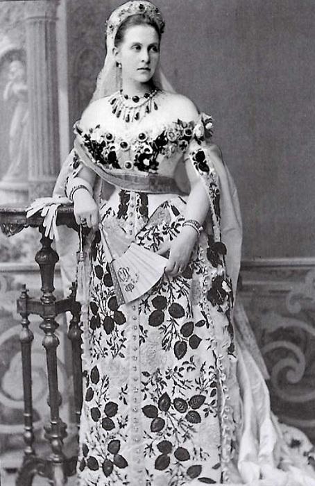 Княгиня Ольга Константиновна - 1-я королева Эллинов.