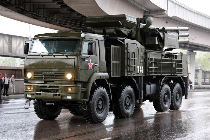 Почему в России лучшие в мире грузовики, а не легковые автомобили, как на западе