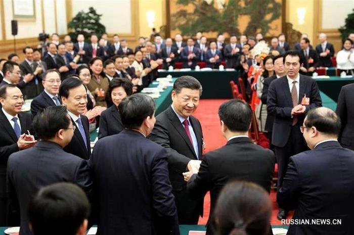 Си Цзиньпин принял участие в панельной дискуссии с депутатами ВСНП от Чунцина