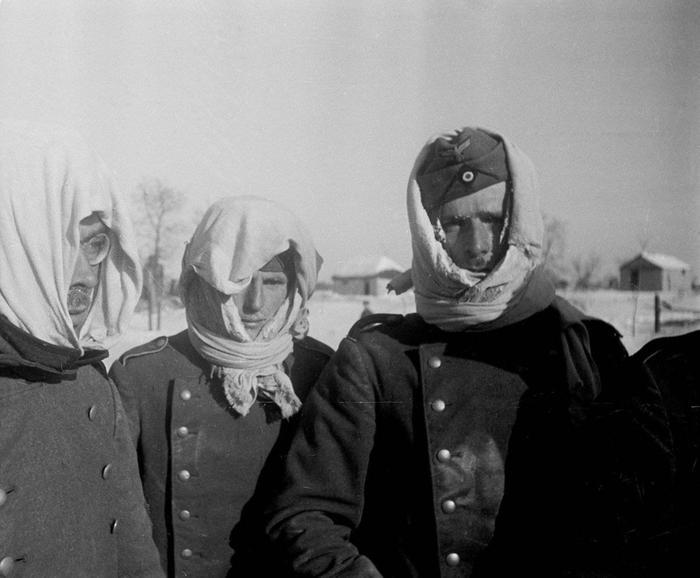 Пленные немцы под Сталинградом, 1943 г.