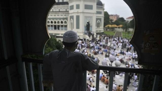 Московским мусульманам запретили проводить массовую молитву в Ураза-Байрам