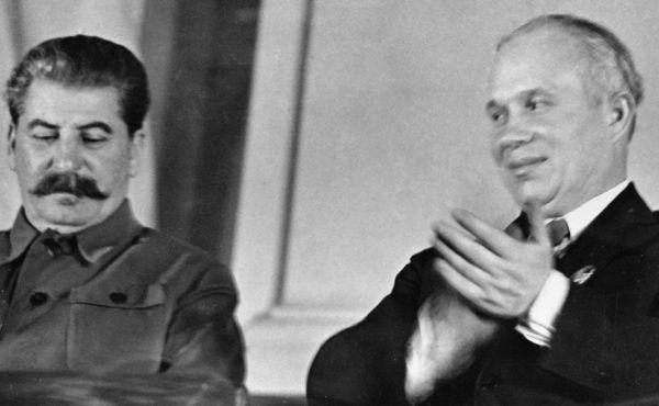 Сталин и Хрущев. Фото: РИА Новости