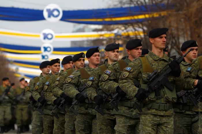 Вооруженные силы самопровозглашенной республики Косово. Источник изображения: https://vk.com/denis_siniy