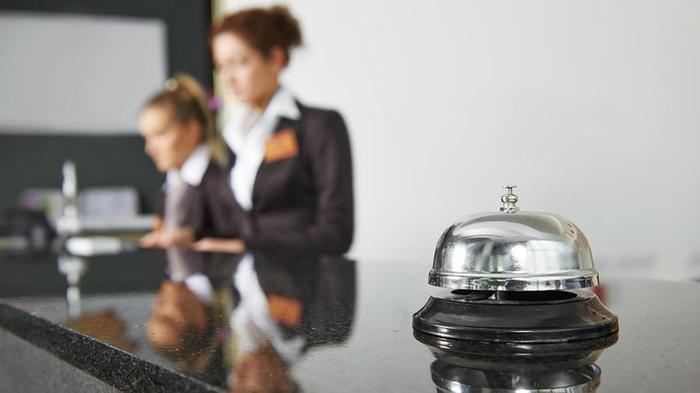 Сотрудник отеля рассказал о самых неприятных выходках постояльцев