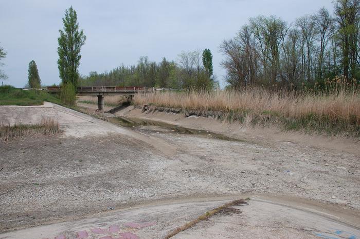 Пересохший Северо-Крымский канал.png