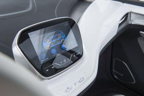 1__2015-Chevrolet-BoltEV-Concept-приборка460