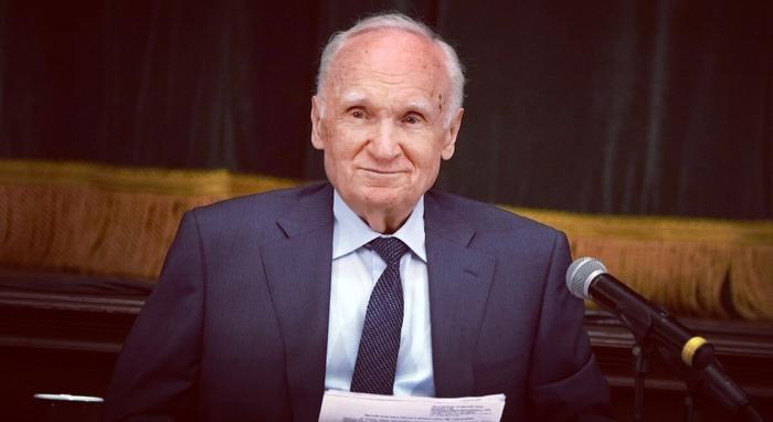 Алексей Ильич Осипов — доктор богословия, заслуженный профессор Московской духовной академии, публицист, писатель, апологет, проповедник.