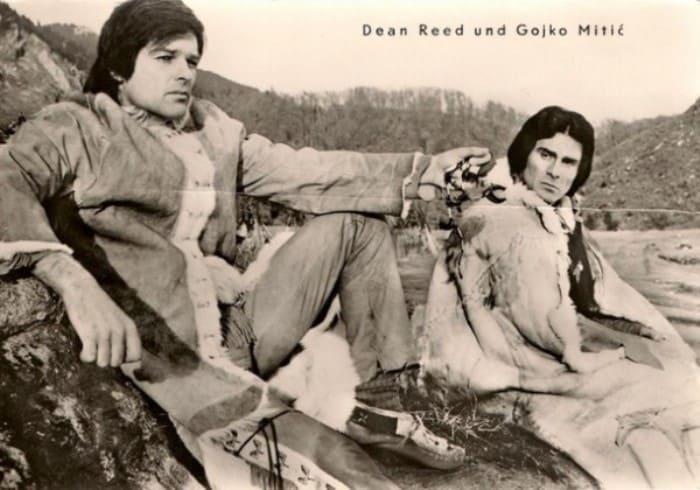 Дин Рид и Гойко Митич – главные герои *красного вестерна* | Фото: dzerghinsk.org