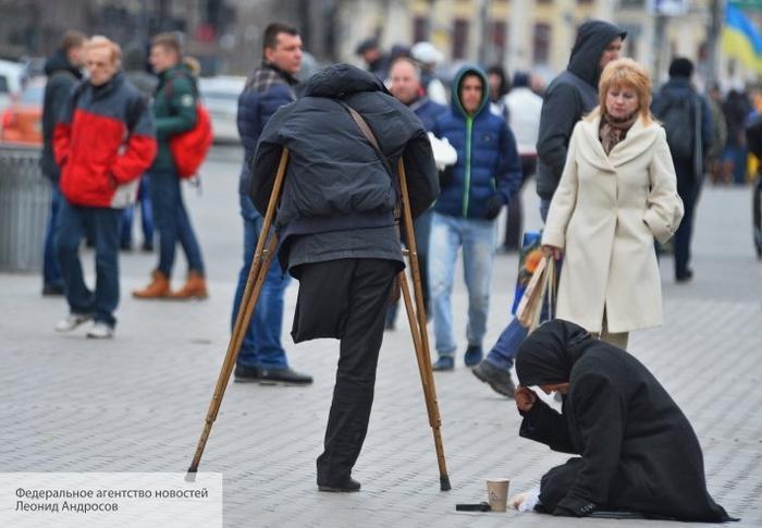 Украинский экономист разоблачил двойную игру Зеленского с МВФ