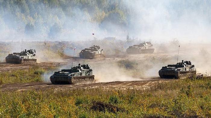 Дорогу танку уступают не из вежливости