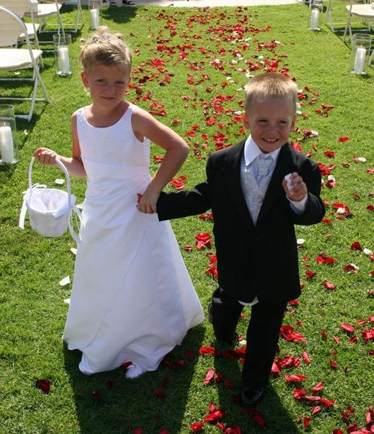 weddings_sandiego_kids-flowers