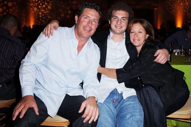 Дэн Марино с женой и сыном