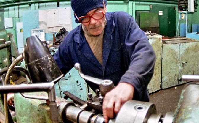 Пенсионная реформа: Работать до 70 лет, а потом сразу в гроб