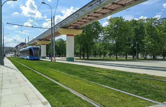 Трамваи, которые ездят по газонам